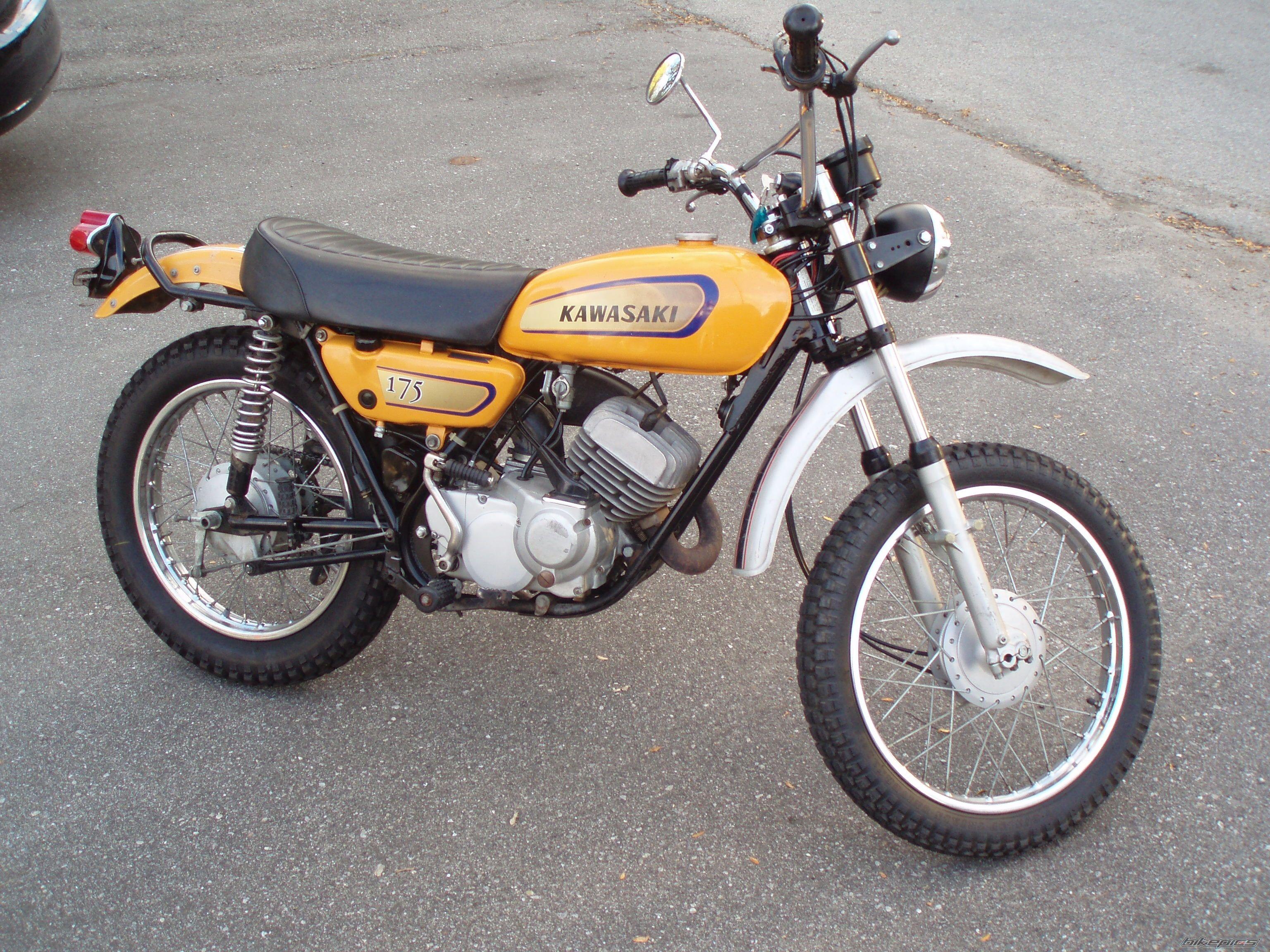 Kawasaki 175 Dirt Bike - Carburetor Gallery